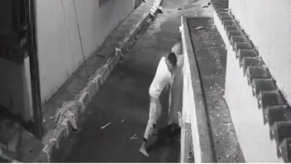 CCTV: మేడమ్ ఒక్కసారి అంటూ నడిరోడ్డులో నలిపేశాడు, ఖర్మకాలిపోయింది, ఏదో అనుకుంటే, వాడేవీడు!