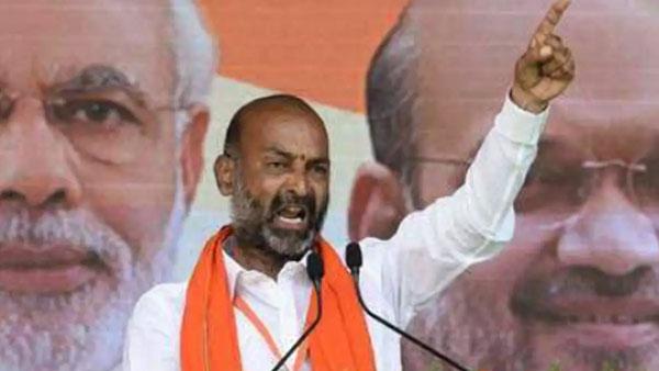 తెలంగాణా బీజేపీకి కలిసొచ్చిన 2020: బండి సంజయ్ సారధ్యంలో బలమైన రాజకీయ పార్టీగా ముద్ర