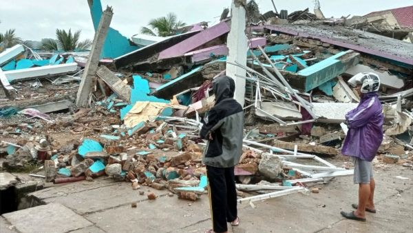 Indonesia earthquake: death toll climbs to 42, injured hundreds, What we know so far