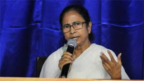 Majority doesnt allow you to kill people: Mamata