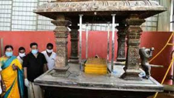 కనకదుర్గ గుడి వెండి సింహాల మాయం .. బాలకృష్ణ పనే .. కేసును ఛేదించిన పోలీసులు  ?   Kanakadurga Temple Silver Lions Thief Balakrishna .. Police Cracked The  Case, Yet To Confirm - Telugu Oneindia