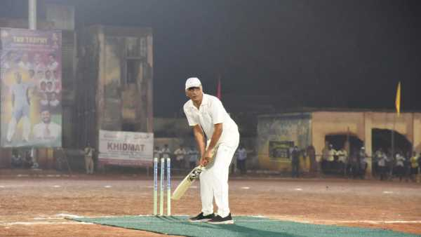 minister harish rao well played cricket
