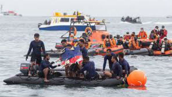 Indonesia plane crash: Human reamins found by the Sriwijaya Airrescue operation