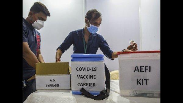 Corona Vaccine: వ్యాక్సిన్ వేసుకుంటే ఈ నియమాలు పాటించాలి, కేంద్రం ఆదేశాలు, చెప్పేది మీకోసమే !