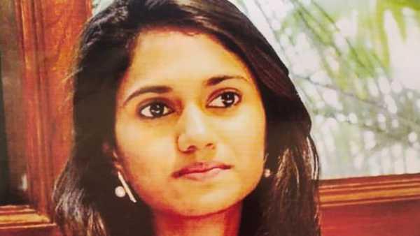 నేను ఐపీఎస్, నా చెల్లితో పెళ్లి చేస్తా..: వ్యాపారి వద్ద రూ. 11 కోట్లు కాజేసిన మహిళ అరెస్ట్