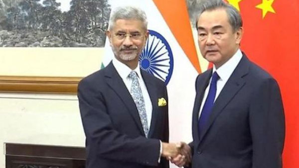 India, China Foreign Ministers to establish hotline