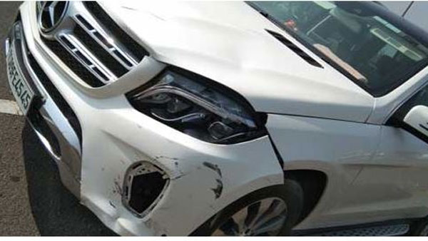TDP leader prathipati pulla rao escape from car accident