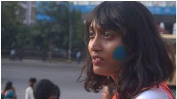 దిశ రవికి బెయిల్.. రూ.లక్ష పూచికత్తుపై మంజూరు
