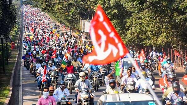 వైజాగ్ స్టీల్..నెక్స్ట్ లెవెల్: రాష్ట్రవ్యాప్తంగా ఉద్యమాలు..రాస్తారోకోలు
