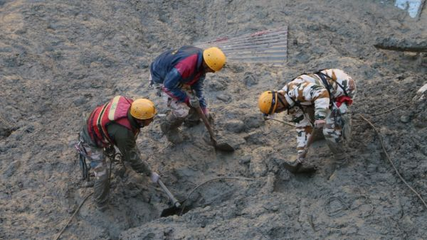 8 bodies have been recovered from the rescue operation in Tapovans Dhauliganga