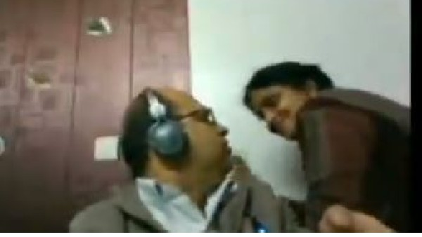 Woman tries to kiss husband during Zoom meeting, video goes viral