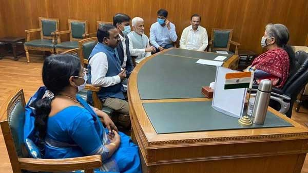 Visakhapatnam steel plant privatisation: YSRCP MPs meets FM Nirmala Sitharaman