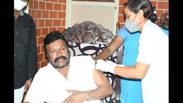 Karnataka Minister takes vaccine at home, Centre seeks report