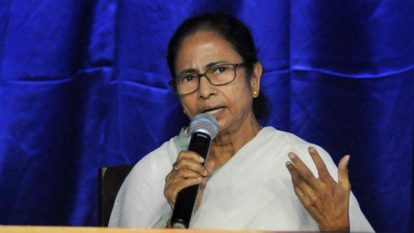 వైఎస్సార్ తరహాలో..మమతా సింగిల్ షాట్: 291 మంది అభ్యర్థుల లిస్ట్: క్రికెటర్, సినీ స్టార్స్