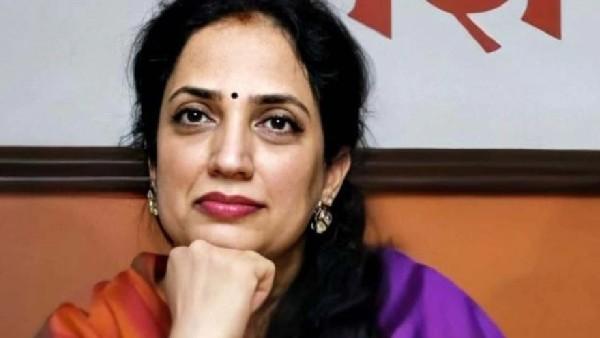 కరోనా వ్యాక్సిన్ వేసుకున్నా గానీ: ముఖ్యమంత్రి భార్యకు సోకిన వైరస్: ఆసుపత్రిలో