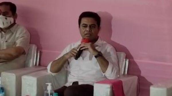 లాస్ట్ వార్నింగ్ : బండి సంజయ్ ను టార్గెట్ చేసిన కేటీఆర్ ..ఎవరి డబ్బుతో ఎవరు కులుతున్నారని ఫైర్