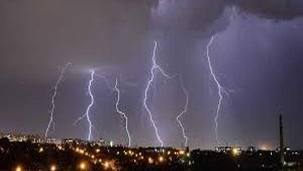 Cyclonic circulations: తెలంగాణకు భారీ వర్ష సూచన: కోస్తా కర్ణాటక సహా