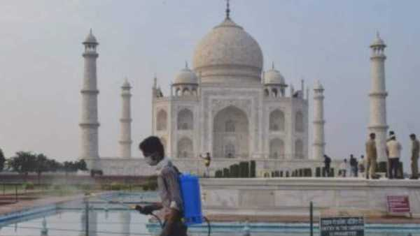 కరోనా విజృంభణ: తాజ్మహల్ సహా చారిత్రక కట్టడాల తాత్కాలిక మూసివేత