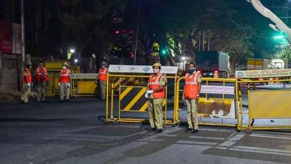 Bengaluru: మామా..... ఐటీ హబ్ లో వీకెండ్ లాక్ డౌన్ పడింది, దెబ్బకు షట్ డౌన్, మాట వినకుంటే !