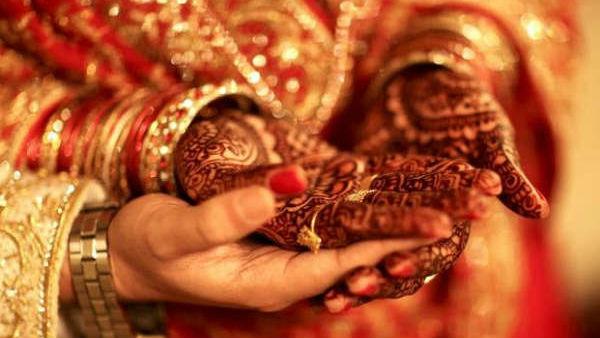 Marriage: ఇద్దరూ ఇంజనీర్లు, ముహూర్తాకి ముందే పెళ్లి, కట్ చేస్తే వారం రోజుల్లో పెళ్లి కొడుకు ?