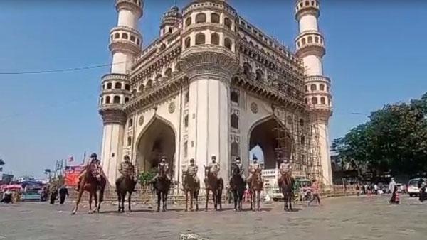 హైదరాబాద్లో హైటెన్షన్: చార్మినార్ సహా: పలు ప్రాంతాల్లో మోహరించిన పోలీసు బలగాలు