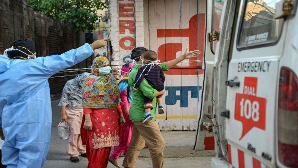 తెలంగాణలో కరోనా విలయం.. 35 మంది మృతి, ఆక్సిజన్ అందక 3 మృతి...