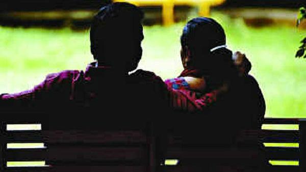 Illegal affair: కొబ్బరి తోటలో ఆంటీ లవ్ స్టోరీ, యజమానికి తెలిసిందని ?, ప్రియుడి స్కెచ్!