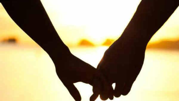 Love story: ప్రేమికులు ఎస్కేప్, తక్కువ కులం, చంపేసి కరోనా వచ్చిందని కాల్చేసి, షాక్ !