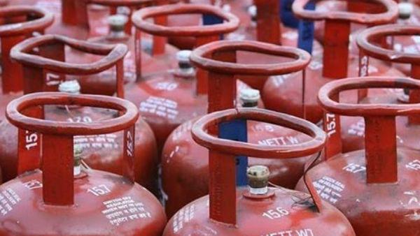 LPG gas cylinder price hike: సామాన్యుడిపై మరో భారం... రూ.25 పెరిగిన వంట గ్యాస్ ధర