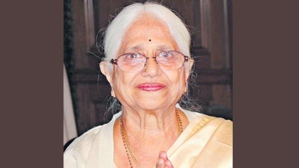 Kalpakam Yechury : సీతారాం ఏచూరి తల్లి కన్నుమూత...