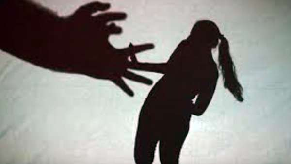 Illegal affair: ఆంటిని చంపేసి ఇంట్లో అంత్యక్రియలు. చిల్లీ పౌడర్ చల్లేసి ప్రియుడు ఎస్కేప్ !