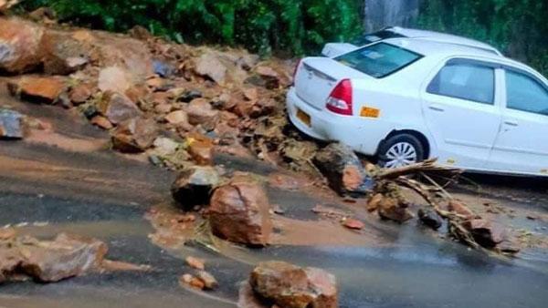 Kerala Rain Update: ప్రభావిత జిల్లాలకు అలర్ట్ : ముంపు ప్రాంతాల వాసుల తరలింపు...!!