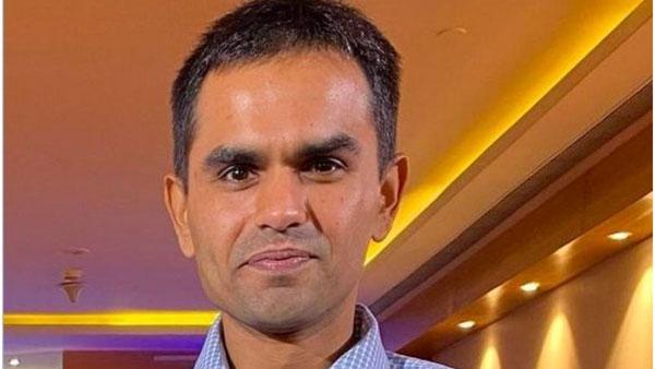ఆర్యన్ ఖాన్ డ్రగ్స్ కేసు: సెల్ఫ్ డిఫెన్స్ లో సమీర్ వాంఖడే; తనపై కుట్ర అంటూ ముంబై  పోలీసులకు ఫిర్యాదు