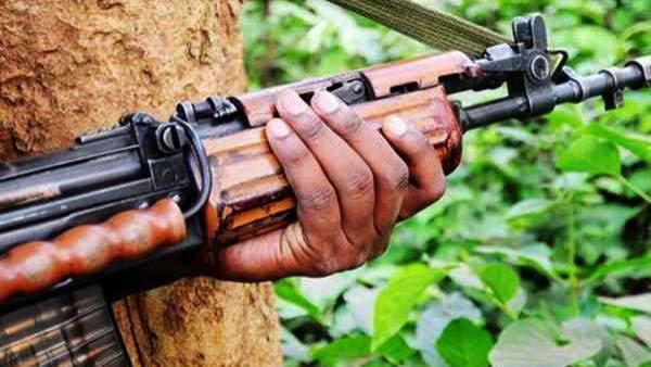 Telangana: ములుగు జిల్లాలో భీకర ఎన్కౌంటర్: పలువురు మావోయిస్టులు మృతి?