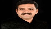 Karnataka Cm Bs Yediyurappa Son Vijayendra Made A Mockery In The Time Of Jaitley Condolence