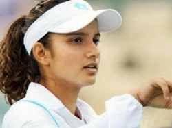 Sania Vesnina Beat Huber Raymond Enter French 020611 Aid