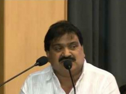 Trs Minister Mahender Reddy Satire On T Tdp Bus Yatra