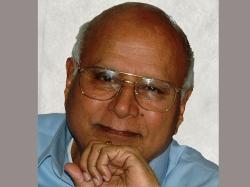 Velcheru Naryana Rao Creates Controversy Again