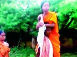 Odisha Man Carries Ailing Wife On Shoulders Hospital