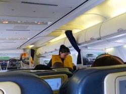 Two Air Hostesses Molested Passenger On Mumbai Nagpur Flight