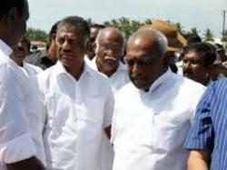 Tamil Nadu Former Chief Minister Panneerselvam Vs 122 Aiadmk