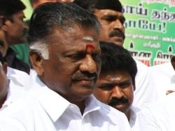 Tamil Nadu Former Cm Panneerselvam Vs Aiadmk Party Chief Sasikala Natarajan