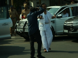 Mk Stalin Threaten Police That He Will Commit Suicide