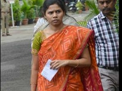 Akhila Priya Unhappy With Ys Jagan S Comments