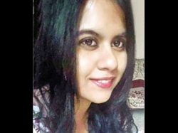 Hyd Girl Cheats As Cancer Patient Money
