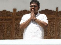 Efforts Being Made Destroy Aiadmk Dhinakaran On Bribery Cha