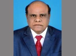 Don T Allow Cji 7 Sc Judges Fly Abroad Karnan Orders Air Control