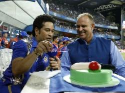 Sachin Tendulkar S Birthday Celebrated At Wankhede Ahead Mi Rps Ipl Clash