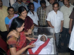 Narayana S Daughter Burst To Tears After Seeing Brothers Dea