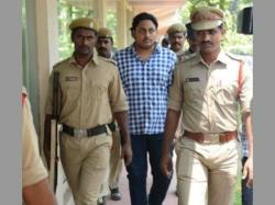 Vishaks Hawala Scam It Raids On 54 Companies